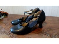 Bloch Dance Shoes for Salsa etc, black size 6, VGC.