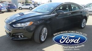 2014 Ford Fusion SE, Nav, Moonroof,