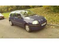 Renault clio 1.2 W reg 11months MOT £300