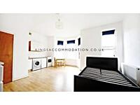 Studio flat in Thornlaw Road, West Norwood