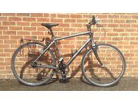 Mens Specialized Globe hybrid bike hub gears