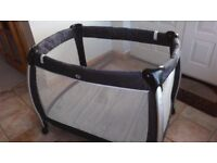 Mamas and papas Sleep travel cot, playpen. Great condition