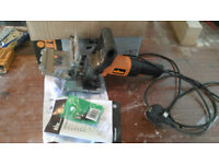 Triton TDJ600 240V 710W Duo Dowel Jointer with FREE EXTRA