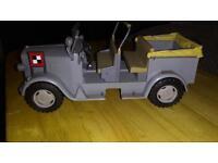Indiana Jones car