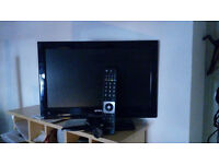 TV WITH REMOTE SUIT BEDROOM £30