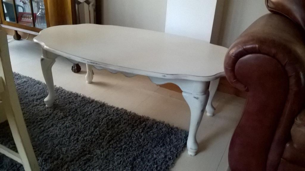 Vintage Chalk Painted Queen Anne Style Coffee Table Can Deliver
