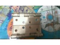 Heavy Duty Door Hinge with Ball Bearing . 102x76x2.7 USED BUT IN EXCELLENT CONDITION