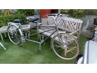 Dawes Discovery Twin Tandem .