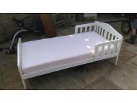Lovely Mothercare toddler bed (white)