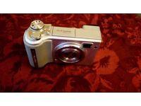 Fujifilm Finepix E510 5.2 mega pixel compact digital camera