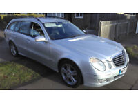 Mercedes E350 7 SEATER ,ONE PREVIOUS OWNER ONLY!!!!!