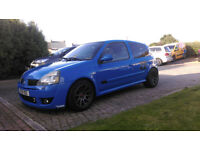 Renaultsport Clio 182 Cup in Racing Blue