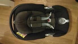 Aton Q Mama's and Papas baby car seat and base.
