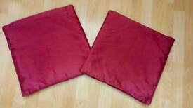 2 cushion covers