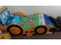 Toddler bed and matching bedside table