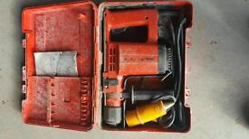 Hilti TE12 SDS hammer drill