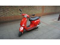 Vespa et4 125 cc, New MOT (11 month), Low mileage, Great engine!
