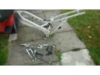 TZR 250 1kt (2ma) chassis and parts