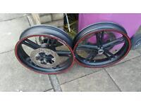 Yamaha yzf R125 wheels + disc