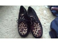 Size 5 creepers