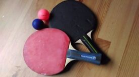 Table tennis paddles set with balls