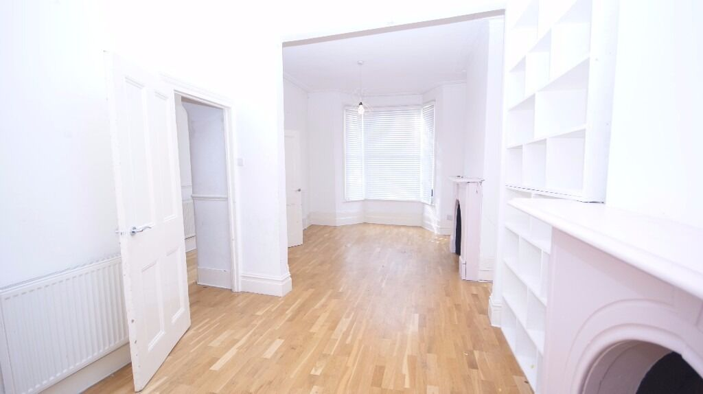 *** Stunning 3/4 Bedroom House in N15 *****