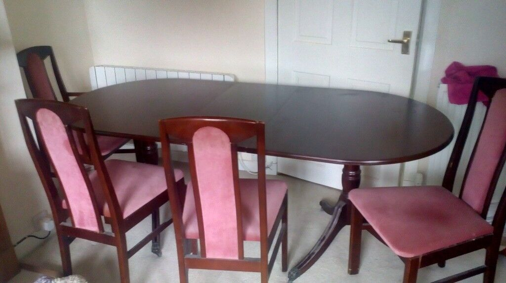Large Mahogany Dining Table And Chairs Good Condition Too Big For New House