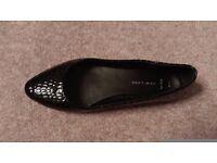 Black patent ballet pump size 5 Wide fit Excellent condition