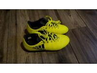 Adidas football kids training boots for sale!