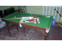 6ft x 3ft approx Snooker/Pool table.