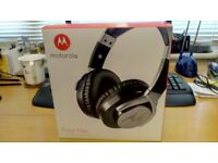 Motorola Over Ear Wired Headphone