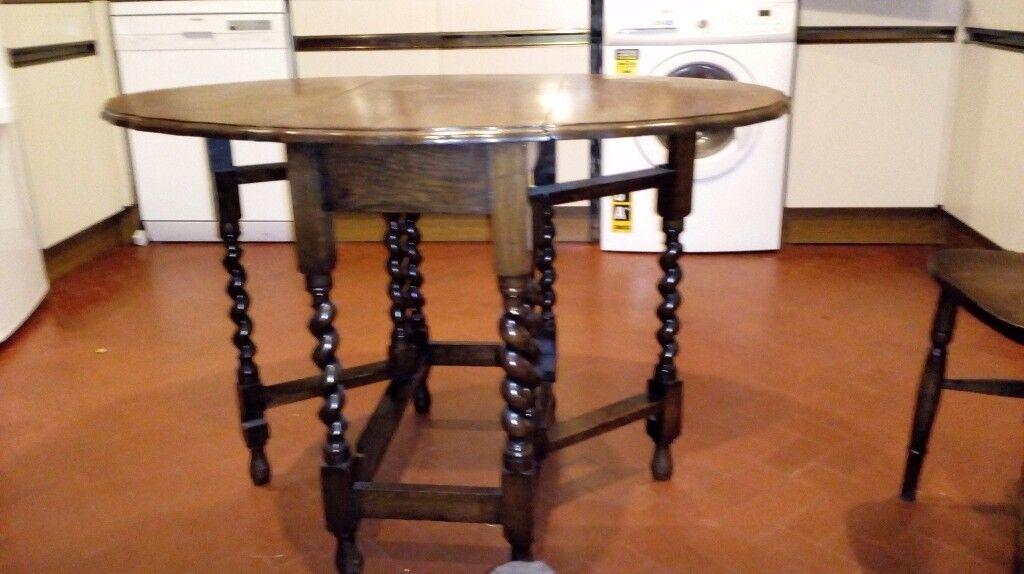 Gate leg Dining table in oak