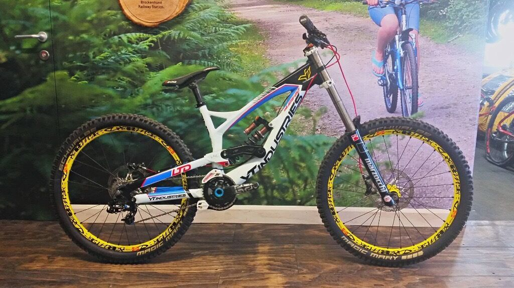 YT Industries Tues 2.0 LIMITED EDITION Downhill Mountain Bike   in ...