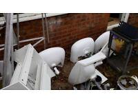 A job lot of bathroom sinks/basins
