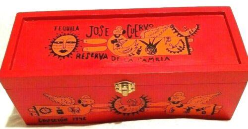 Jose Cuervo Tequila Reserva De La Familia Wooden Box 1996 Vtg. Manuel Velázquez
