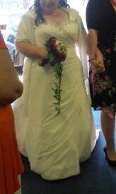 Beautiful Bridal Dress Size 22/24