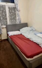 Single Room to Rent in a Shared House in Dallow Road, Luton LU1. For Female Only