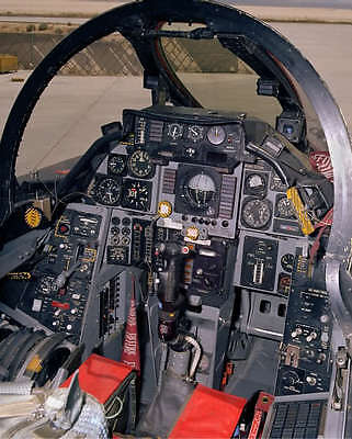NAVY F-14 TOMCAT JET COCKPIT 8X10 PHOTO