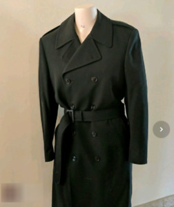 Vintage Freed & Freed Men's Double Breasted Wool Coat with Liner