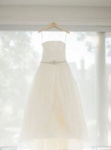 Vera Wang Wedding Dress size 6