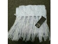 BNWT LADIES SCARF