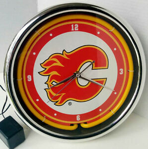 Calgary Flames Neon Light up CLOCK (PIERREFONDS)