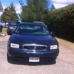 2000 Buick Century Sedan.AWESOME DEAL! FOR PARTS OR FIX.
