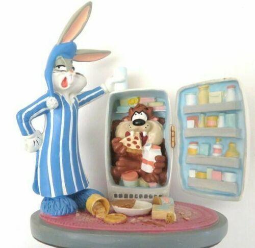 WARNER BROTHERS 1996 BUGS BUNNY  Refrigerator Tasmanian Devil Figurine NIB