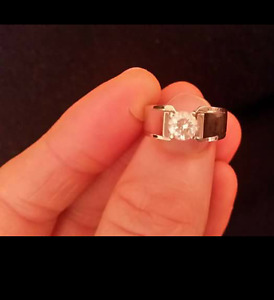Ben Moss Canadian Diamond engagement ring