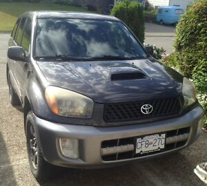 2003 Toyota RAV4 Sedan