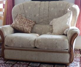 Beige Three Piece Suite Very Good Condition