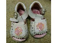 White baby sandles size 2