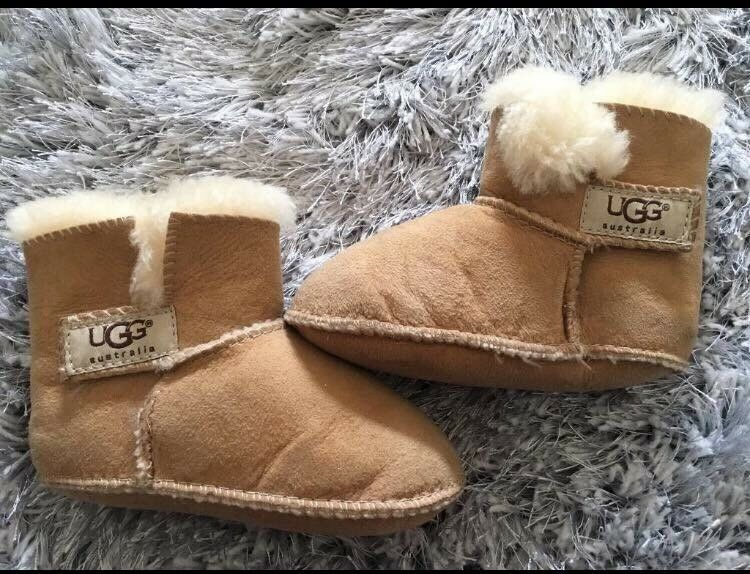 Real baby uggs 12-18 months