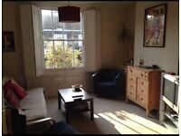 Double room - great location in De Beauvoir Town!